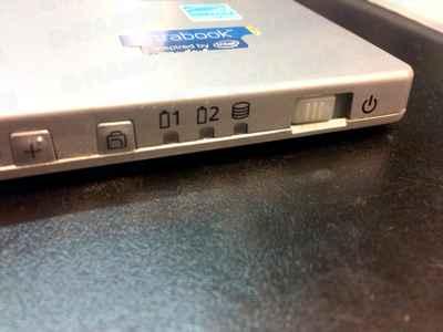 レッツノートの電源スイッチ