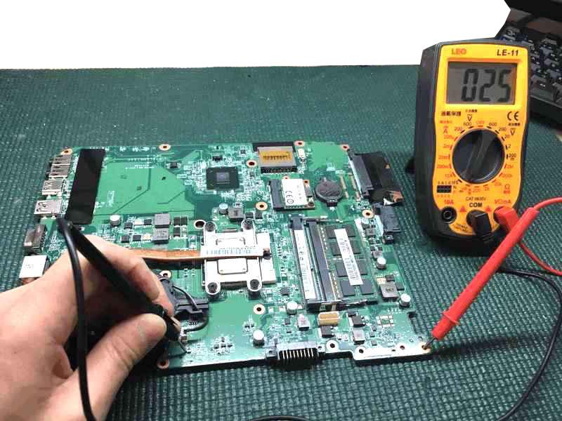 T451/34EWのマザーボード修理